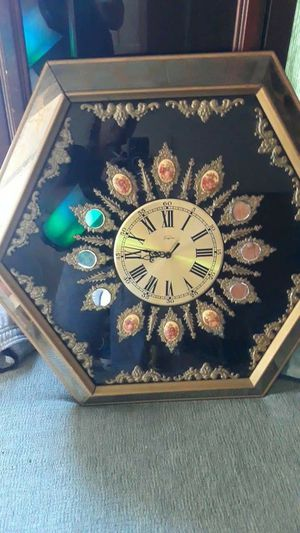 Antique Empire wall clock for Sale in Tacoma, WA