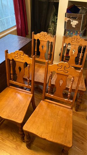 Set of 4 antique wood chairs for Sale in Albuquerque, NM