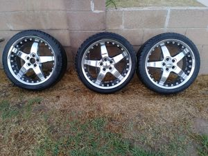 """18"""" 5 lug rims and tires not sure what they came off of...i only have3 for Sale in Pico Rivera, CA"""