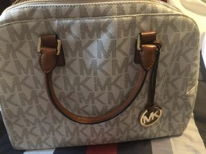 Michael Kors Bag for Sale in Auburn, WA