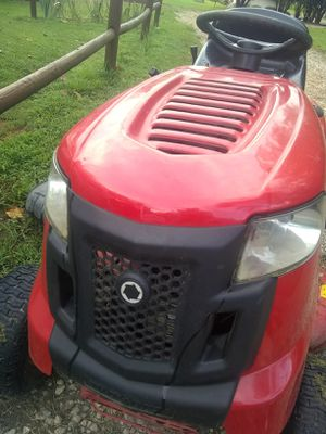 Like new riding mower for Sale in Zebulon, NC