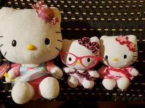 Great for xmas or whatever Brand new 3 Hello kitty family for Sale in Buffalo, NY
