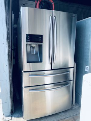 Refrigerator for Sale in Paramount, CA