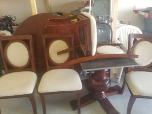 Dining set 70 round 4 chairs for Sale in Davenport, FL