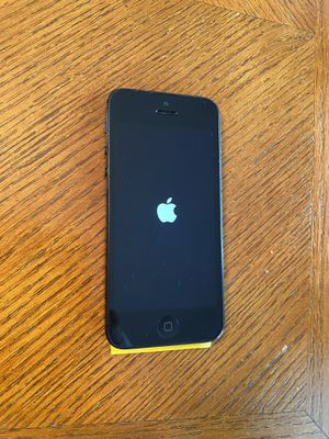 IPhone 5 16GB for Sale in Evansville, IN