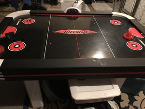 Air hockey table for Sale in Newnan, GA