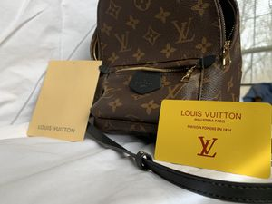Louis Vuitton Palm Springs Mini Backpack Never Used. for Sale in Bloomington, IN