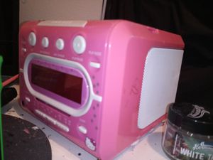 Kids lil CD player alarm clock and am fm radio....all works good hello kitty for Sale in Vancouver, WA