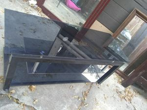 Tv stand w/3 glass shelves for Sale in Stockton, CA