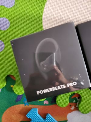 PowerBeats pro for Sale in Los Angeles, CA