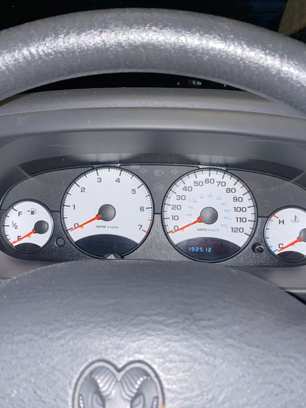 2003 Dodge Stratus SXT Runs and drive great must see to appreciate