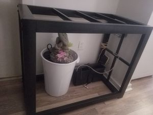 Reptile tank holds water for Sale in Dartmouth, MA