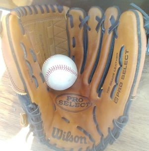 Wilson baseball glove for Sale in Seminole, FL