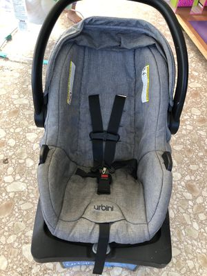 Urbini Car seat for Sale in Plumas Lake, CA