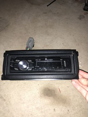 Pioneer deh-3300ub car CD receiver for Sale in Annapolis, MD