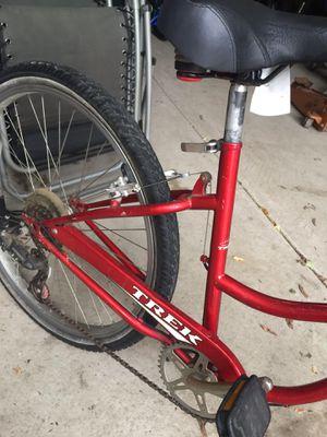 Trek comfort bike size 18 en perfectas conditiones for Sale in Westchester, IL