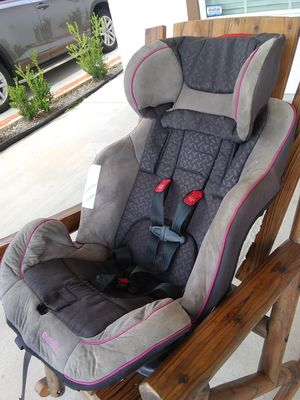 Baby car seat for Sale in Pearland, TX