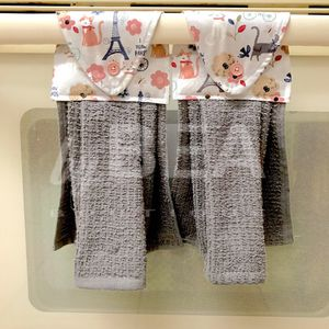 Two (2) kitchen towels - cats and Eiffel tower for Sale in Tampa, FL