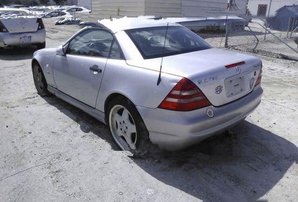 Mercedes SLK 230, 2000 , for parts only