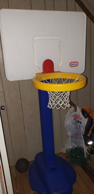 Adjustable basketball hoop for Sale in Aston, PA