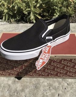 Vans slip on ( Mens 4, 6, 8, 9, 9.5, 10.5, 11, 11.5, 12, 13 / Women's 5.5, 7.5, 9.5, 10.5 ) ONLY ! for Sale in Anaheim,  CA