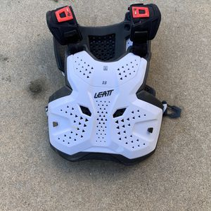 leatt Chest Protector for Sale in Valley Center, CA