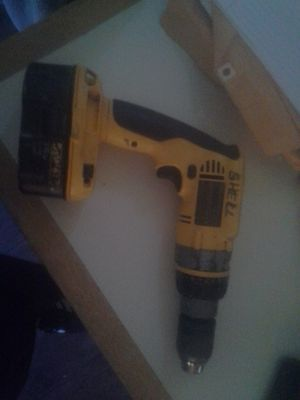 Dewalt 18 v xrp drill and battery for Sale in Bellview, FL