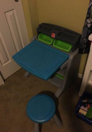 Step 2 kids desk for Sale in Ridgefield, WA
