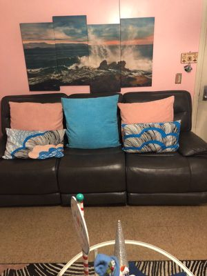 Couches Recliner bull for Sale in Boston, MA
