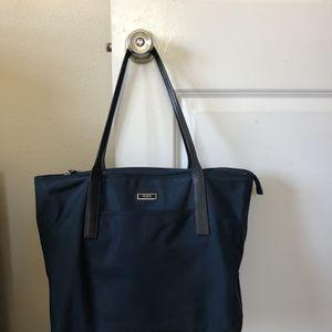 Tote Bag: Tumi Brand, Navy Blue, Nylon, Large for Sale in Brea, CA