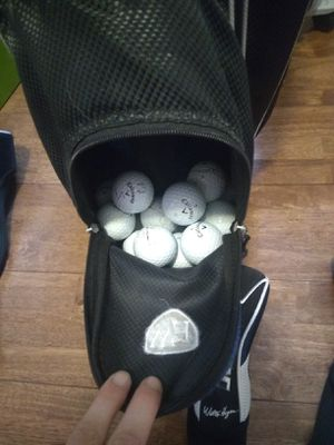 Golf clubs, bag, tees, balls for Sale in Joliet, IL