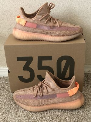 "Authentic Adidas Yeezy Boost 350 V2 ""Clay"" Size 10 for Sale in Arlington, TX"