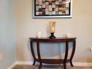 Cherry Wood Accent / Foyer / Sofa Table for Sale in St. Cloud, FL