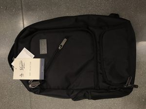 BRAND NEW AN ORIGINAL PEGUIN BACKPACK for Sale in Los Angeles, CA
