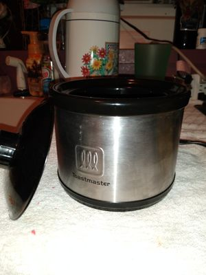 Crock pot mini for Sale in San Antonio, TX