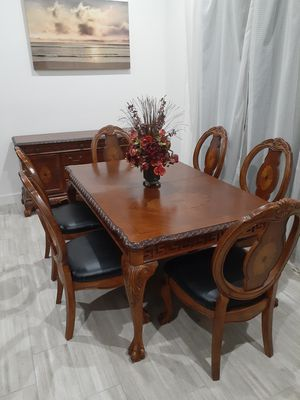 Formal Dining/Kitchen Table with 6 Chairs. Comedor for Sale in Sun City, AZ