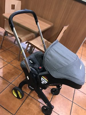 Doona 2 in 1 stroller car seat for Sale in Los Angeles, CA