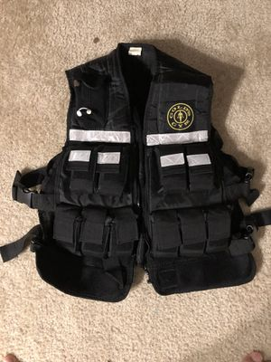 Gold's Gym 20lb weighted vest. for Sale in Durham, NC