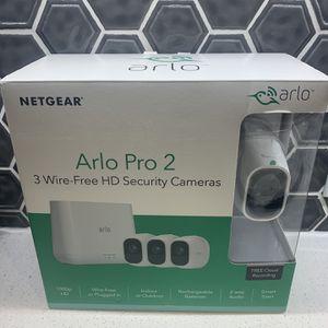 BRAND NEW Arlo Pro 2- 3 Camera Kit for Sale in Dallas, TX