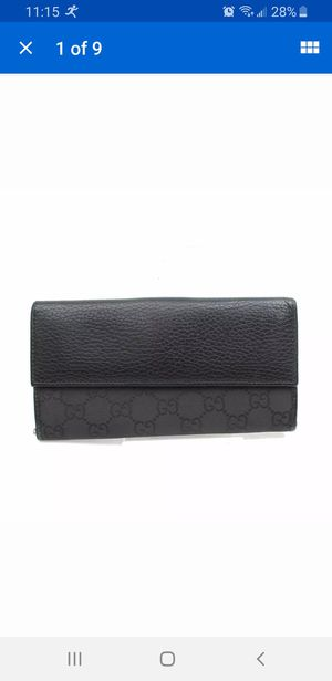 Authentic gucci long wallet for Sale in Bloomingdale, IL