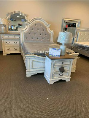🪁💲39 Down Payment🪁Spcl.Realyn Chopped White Panel Bedroom Set 🎁Same Day Delivery for Sale in Rockville, MD