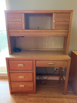 Desk with hutch, Stanley furniture, bedroom set for Sale in Lisle, IL