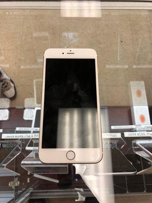 iPhone 6 Plus gold 64GB Unlocked for Sale in Richmond, VA