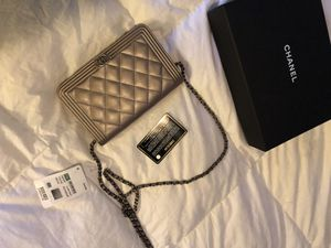 Authentic Chanel handbag for Sale in Columbus, OH