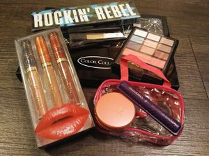 Large Makeup Lot for Sale in Lynnwood, WA