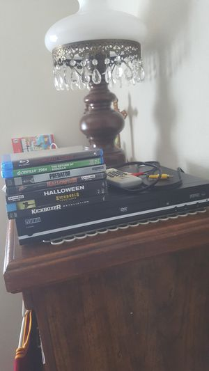 All $20 blu-ray movies n dvd player AMW , excellent for Sale in Fairfield, CA