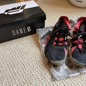 Boys Dame6 Adidas Sz4 for Sale in Portland, OR