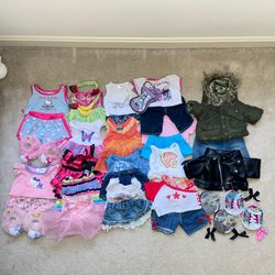 Build a Bear clothes/ Accessories Bundle 40+ Pieces for Sale in Springfield,  VA