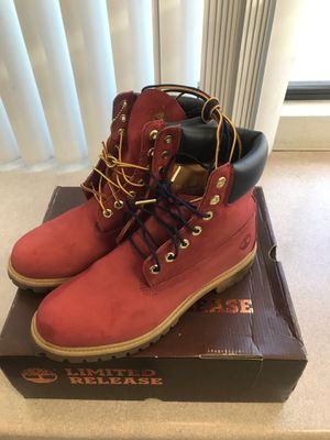 Men's Timberlands (red) for Sale in Long Beach, CA