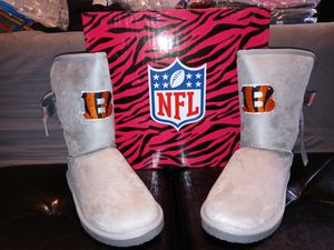 New womens 8 bengals boots for Sale in Philadelphia, PA